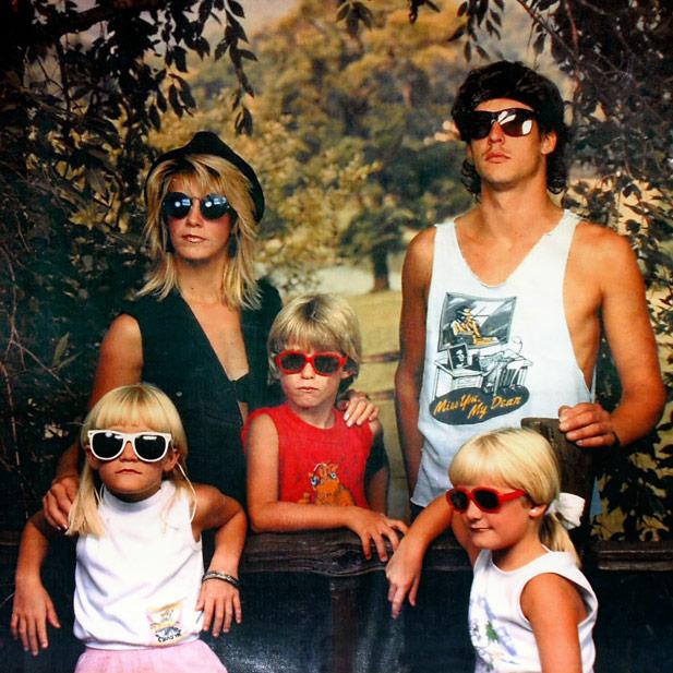weird-family2